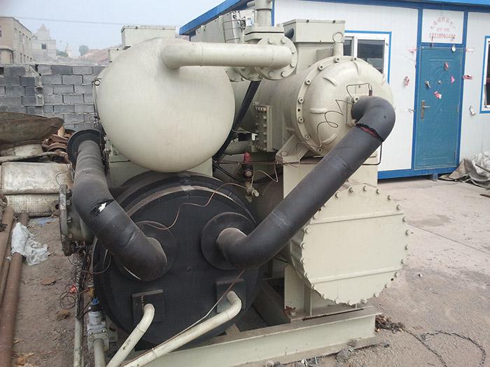 回收螺杆式冷水机组