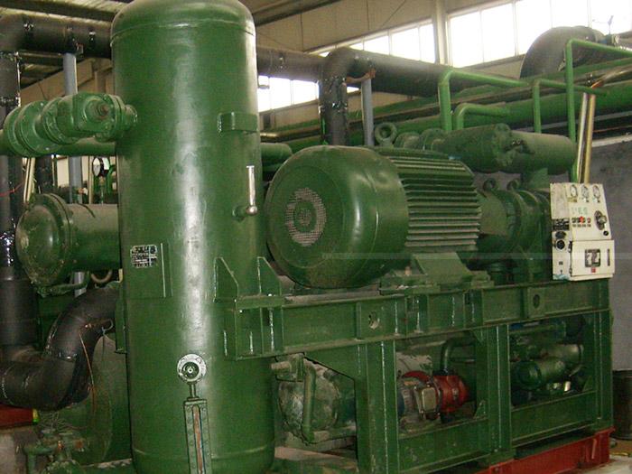 活塞型冷水机组回收