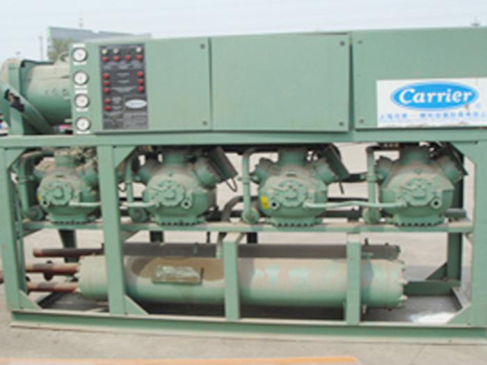 回收开利活塞型制冷机